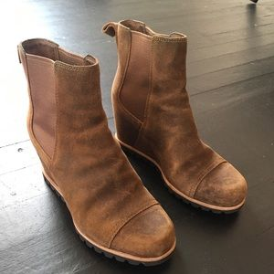 Ugg wedge booties